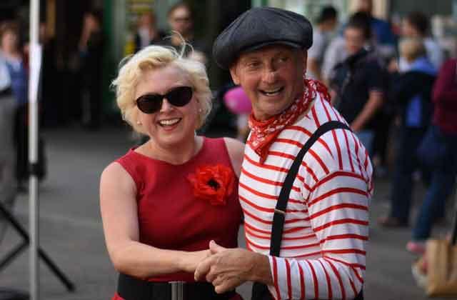 Wychwood Festival: Swing Dance