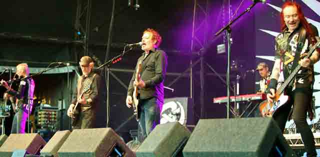 The Levellers at Wychwood Festival 2017.